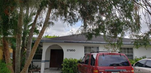 Photo of Listing MLS a10858941 in 17950 SW 136th Ave Miami FL 33177