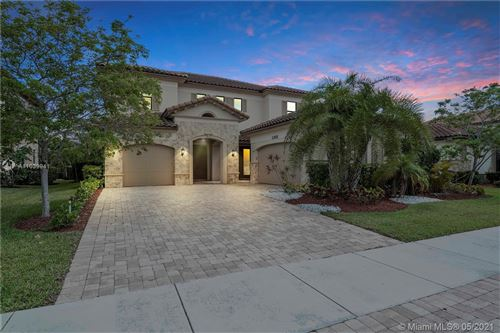 Photo of 11525 NW 83rd Way, Parkland, FL 33076 (MLS # A11039941)