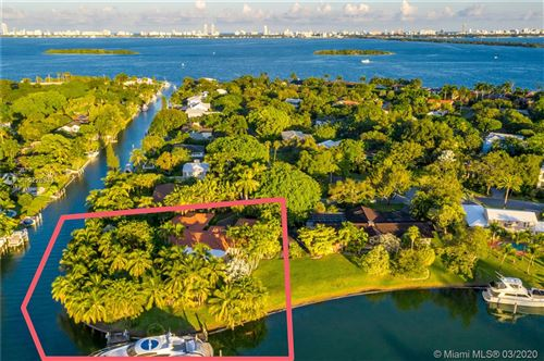 Photo of 625 Buttonwood Lane, Miami, FL 33137 (MLS # A10226943)