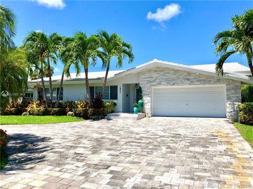 Photo of 1905 NE 118th Rd, North Miami, FL 33181 (MLS # A10921943)