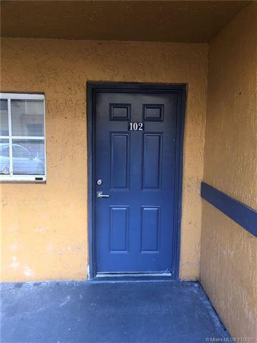 Photo of Miami, FL 33193 (MLS # A10956943)