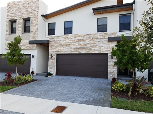 Photo of 8102 NW 104th Ct, Doral, FL 33178 (MLS # A11055943)