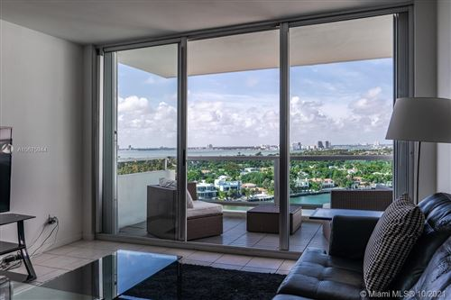 Foto de inmueble con direccion 5151 Collins Ave #1621 Miami Beach FL 33140 con MLS A10675944