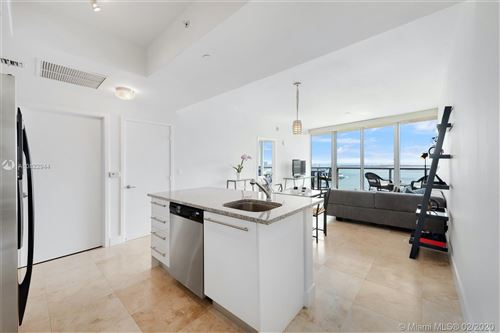 Photo of Listing MLS a10822944 in 888 Biscayne Blvd #3702 Miami FL 33132