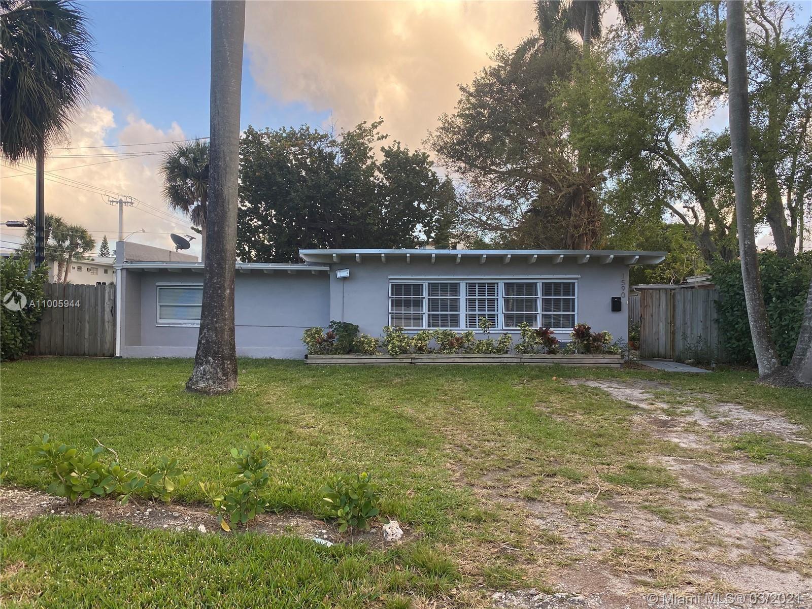 1590 NE 128th St, North Miami, FL 33161 - #: A11005944