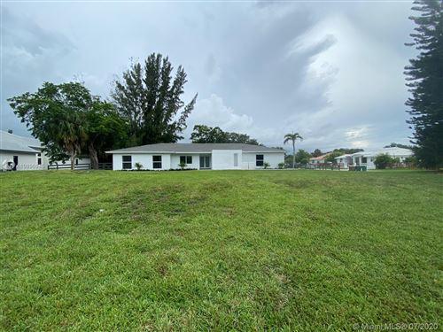 Foto de inmueble con direccion 1601 SW 136th Ave Davie FL 33325 con MLS A10896945