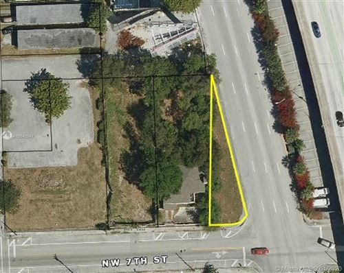 Photo of Listing MLS a10842947 in 7th St Nw 3dr ct Miami FL 33136