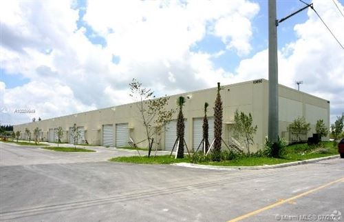 Photo of Listing MLS a10889949 in 10850 NW 21st St #170 Sweetwater FL 33172