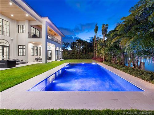 Photo of 406 Tamarind Dr, Hallandale Beach, FL 33009 (MLS # A10923949)