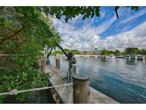 Photo of 287 Las Brisas Ct, Coral Gables, FL 33143 (MLS # A10965949)