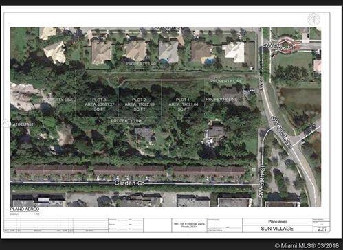 Foto de inmueble con direccion 61 SW Ave Davie FL 33314 con MLS A10637950