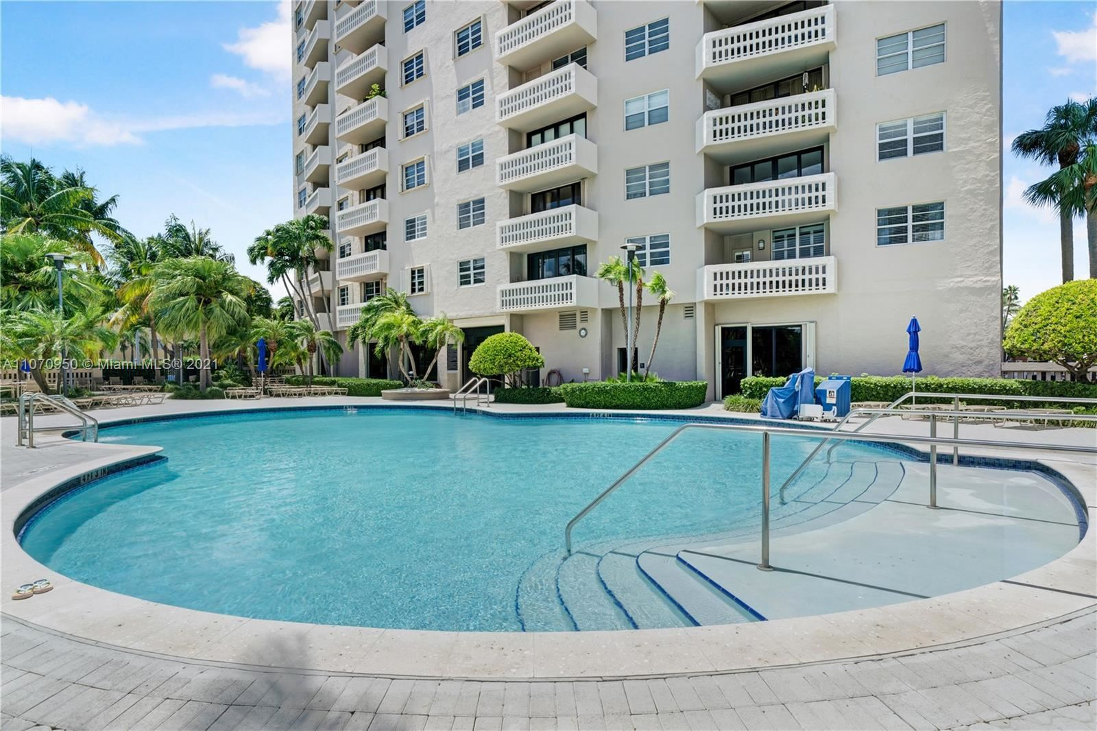 Photo of 90 Edgewater Dr #815, Coral Gables, FL 33133 (MLS # A11070950)