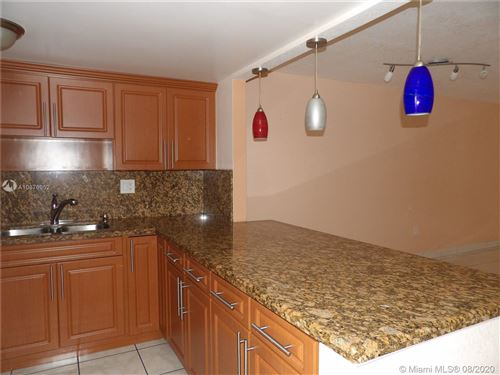 Foto de inmueble con direccion 10000 NW 80th Ct #2515 Hialeah Gardens FL 33016 con MLS A10876952