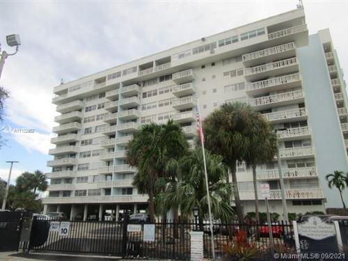 Photo of 13155 Ixora Ct #305, North Miami, FL 33181 (MLS # A11102952)