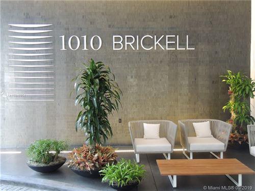 Foto de 1010 Brickell Ave. #3611, Miami, FL 33131 (MLS # A10348954)