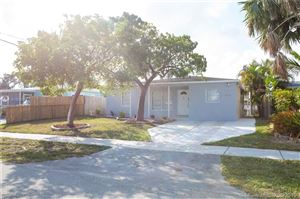 Photo of Listing MLS a10668954 in 5141 NE 4th Ave Oakland Park FL 33334