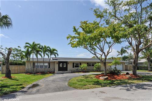 Photo of 7720 SW 139th Ter, Palmetto Bay, FL 33158 (MLS # A10904954)
