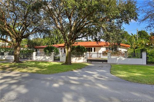 Photo of 1409 Granada Blvd, Coral Gables, FL 33134 (MLS # A10979954)