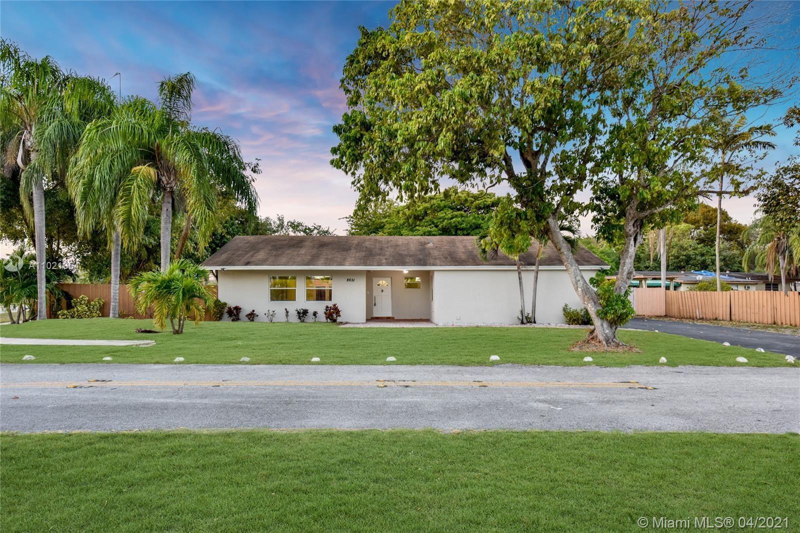 8651 SW 123rd St, Miami, FL 33156 - #: A11021954