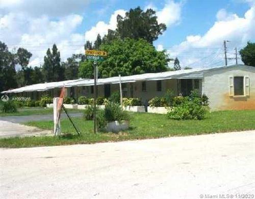 Photo of 977 Miner Rd #5, Lantana, FL 33462 (MLS # A10905956)