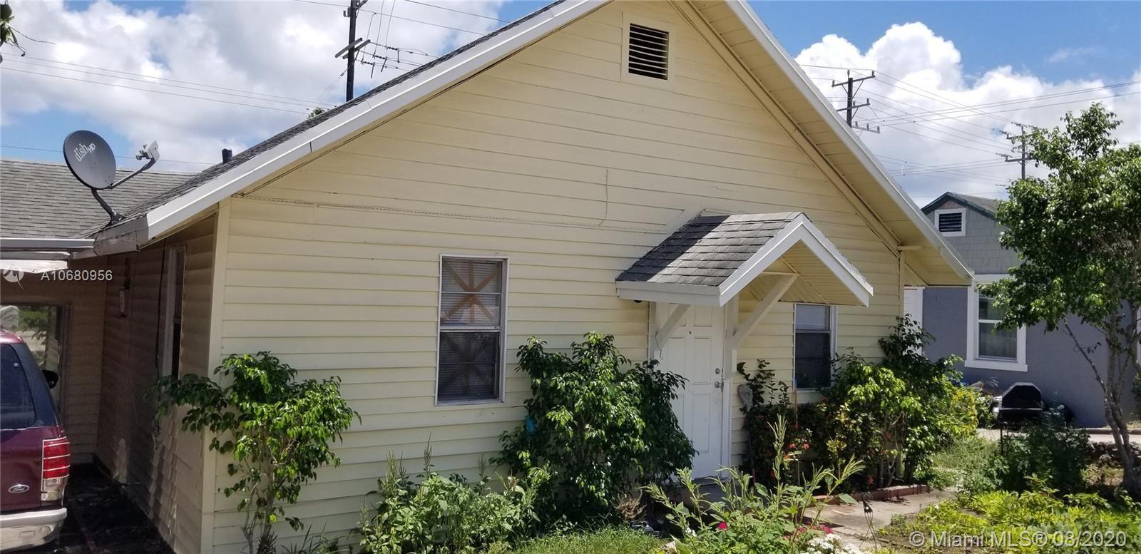 710 N A St, Lake Worth, FL 33460 - #: A10680956