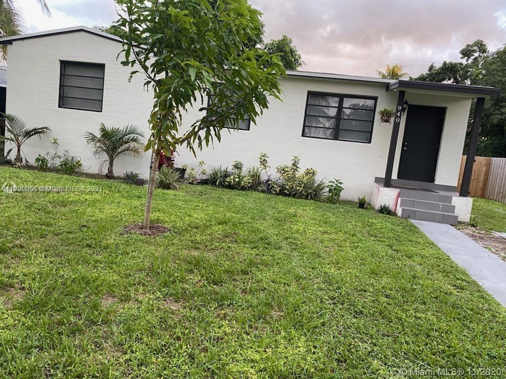 940 NE 155th St, North Miami Beach, FL 33162 - #: A11025956