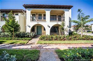 Foto de inmueble con direccion 12545 NW 32 Manor Sunrise FL 33323 con MLS A10594957