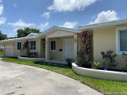 Photo of 15620 SW 77th Ct, Palmetto Bay, FL 33157 (MLS # A10904957)