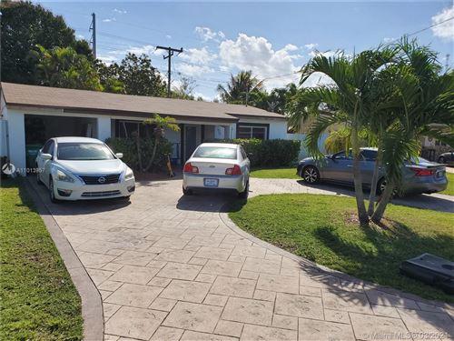 Photo of 3111 SW 64th Ter, Miramar, FL 33023 (MLS # A11013957)
