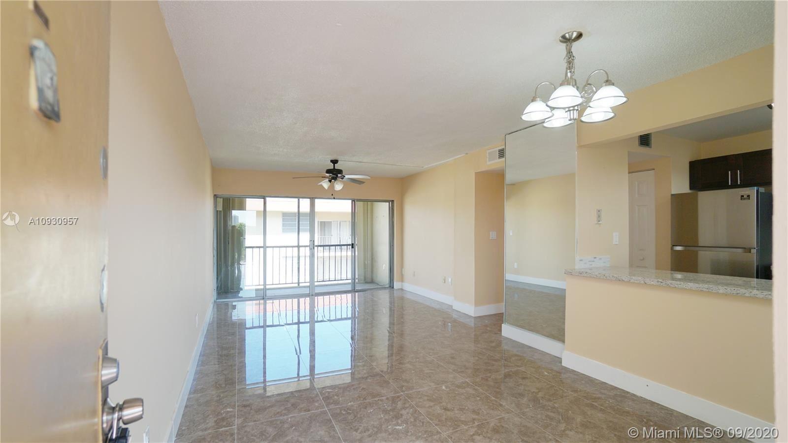 8889 Fontainebleau Blvd #406, Miami, FL 33172 - #: A10930957
