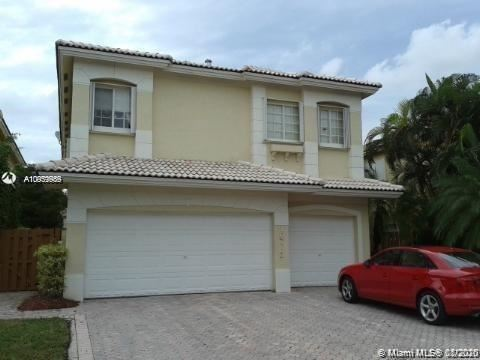 Photo of 10773 NW 69th Ter, Doral, FL 33178 (MLS # A10959959)