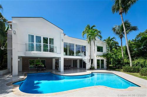 Photo of 117 Gavilan Ave, Coral Gables, FL 33143 (MLS # A10905960)