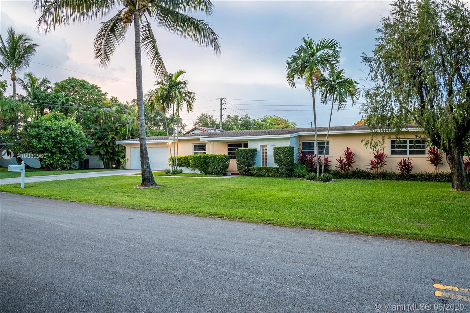 7501 SW 137th St, Palmetto Bay, FL 33158 - #: A10882960