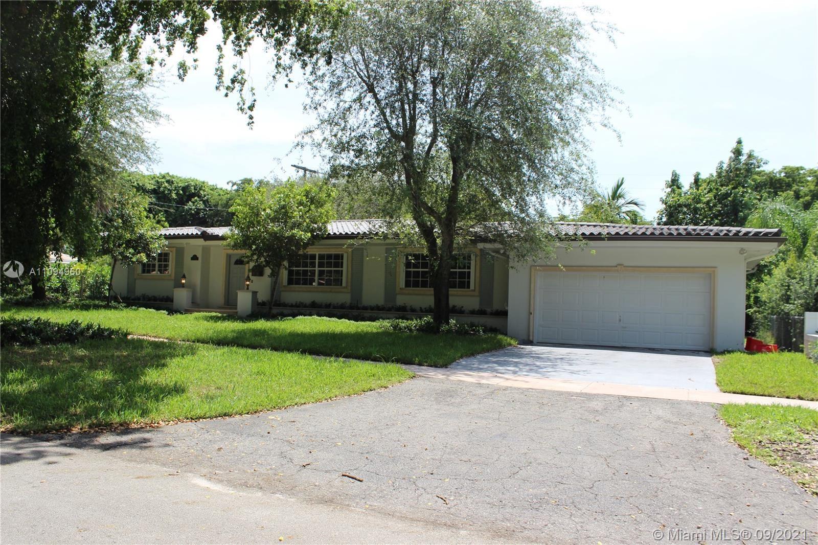 Photo of 500 San Juan Dr #0, Coral Gables, FL 33143 (MLS # A11094960)