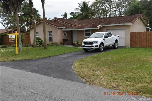Photo of 28030 SW 158th Ave, Homestead, FL 33033 (MLS # A10981961)