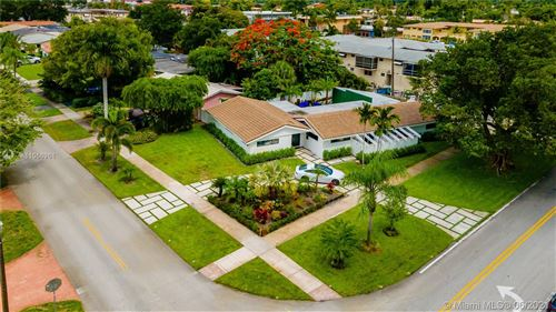 Photo of 121 N 52nd Ave, Hollywood, FL 33021 (MLS # A11056961)