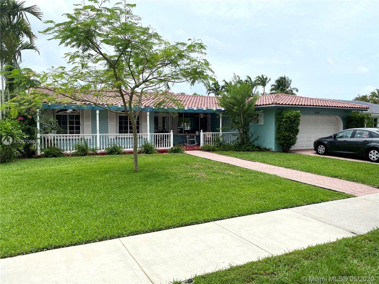 7411 Sabal Dr, Miami Lakes, FL 33014 - #: A10870961
