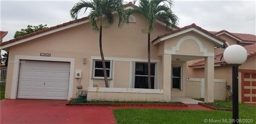 Photo of Listing MLS a10872962 in 18662 NW 54th Pl Miami Gardens FL 33055