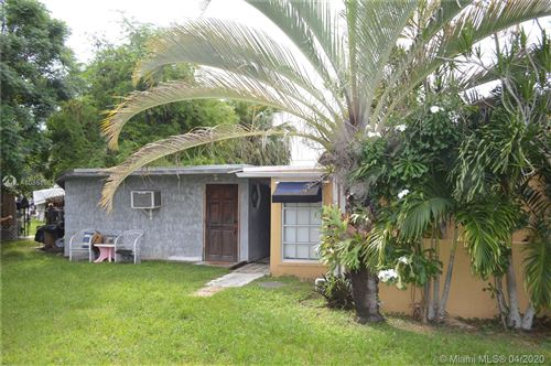 Photo of Listing MLS a10851963 in 19422 SW 119 ct Miami FL 33177
