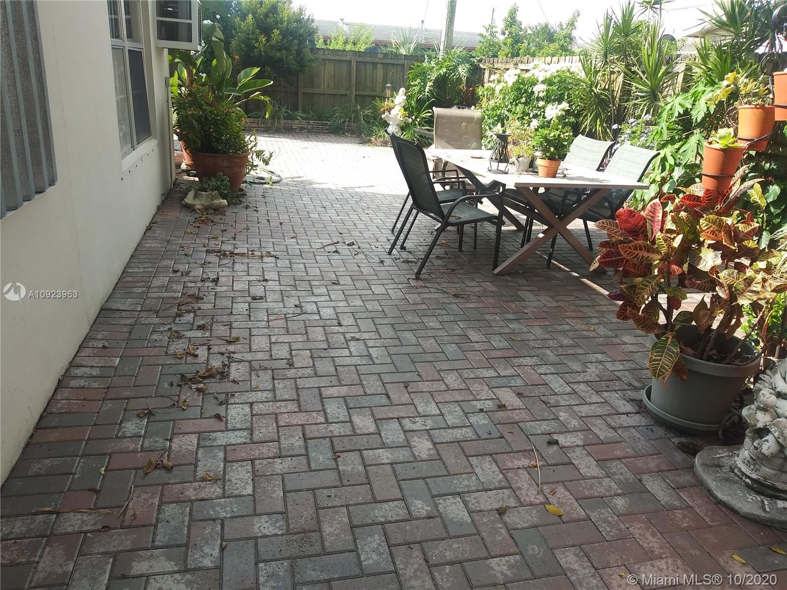 1621 NW 25th Ave, Fort Lauderdale, FL 33311 - #: A10923963