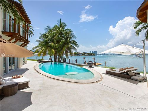 Foto de inmueble con direccion 436 W Rivo Alto Dr Miami Beach FL 33139 con MLS A10887965