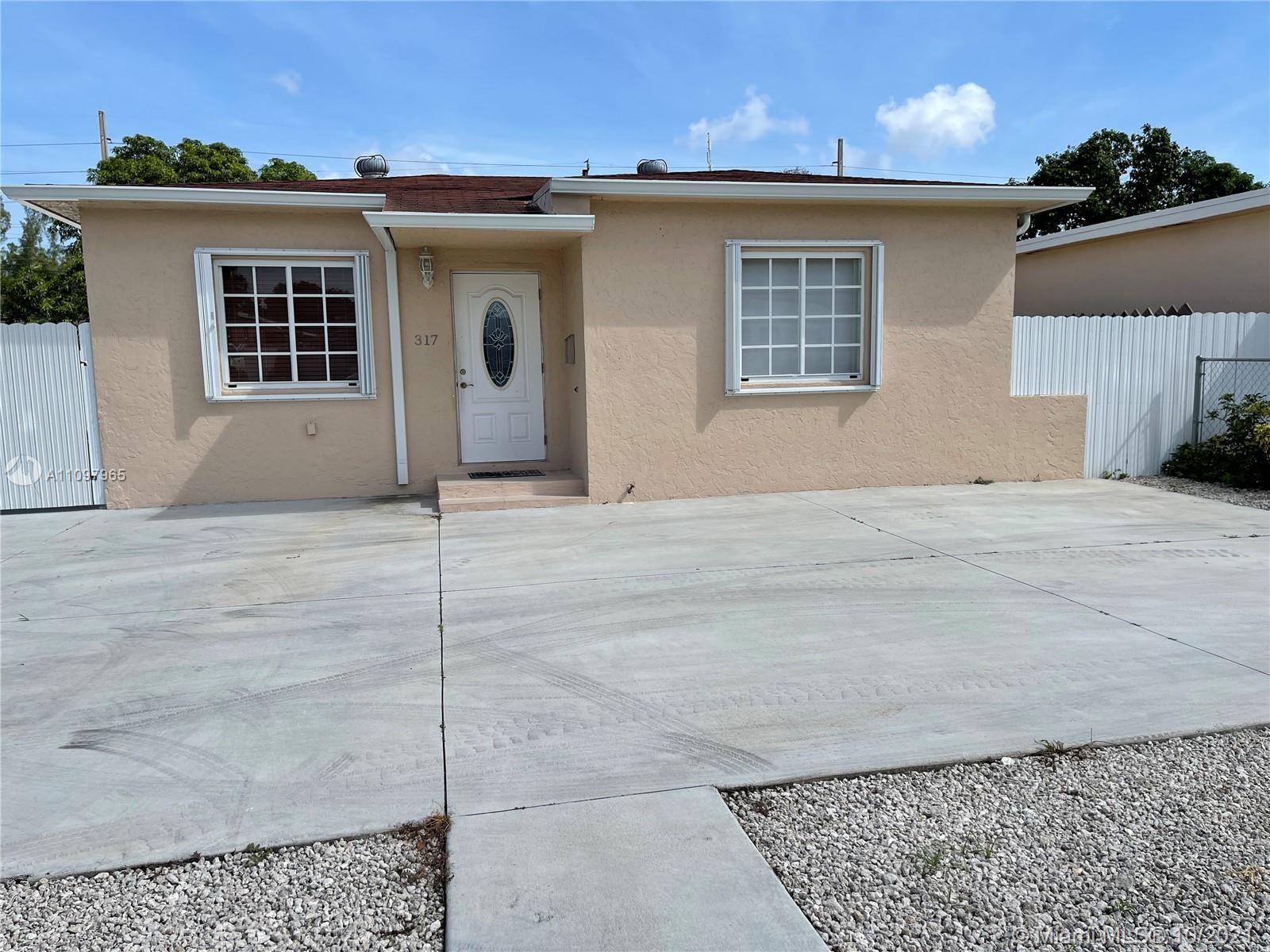 317 E 20th St, Hialeah, FL 33010 - #: A11097965