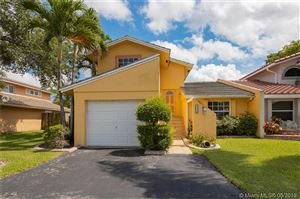 Photo of Listing MLS a10673966 in 10510 La Placida Dr Coral Springs FL 33065
