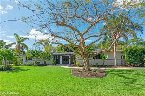 Photo of 7740 SW 141 St, Palmetto Bay, FL 33158 (MLS # A10853966)