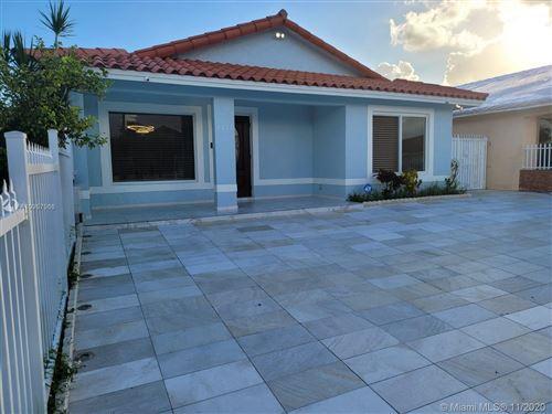 Photo of 8872 NW 111th Ter, Hialeah Gardens, FL 33018 (MLS # A10957966)