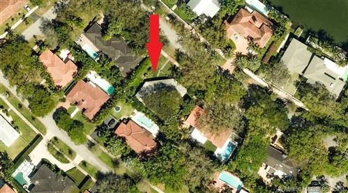Photo of Listing MLS a10862967 in 1220 S Alhambra Cir Coral Gables FL 33146