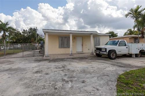 Photo of Listing MLS a10824968 in 313 NW 8th Ave Homestead FL 33030