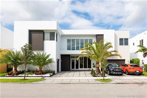Photo of 10279 NW 75 terr, Doral, FL 33178 (MLS # A11109970)