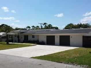 Photo of 2600 NE 29th Ct, Fort Lauderdale, FL 33306 (MLS # A10986970)