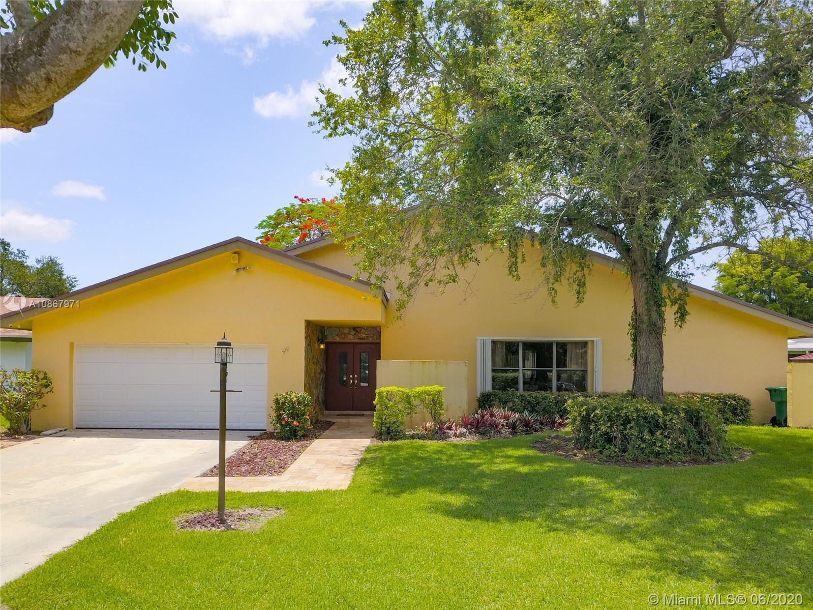 11620 SW 104th St, Miami, FL 33176 - #: A10867971